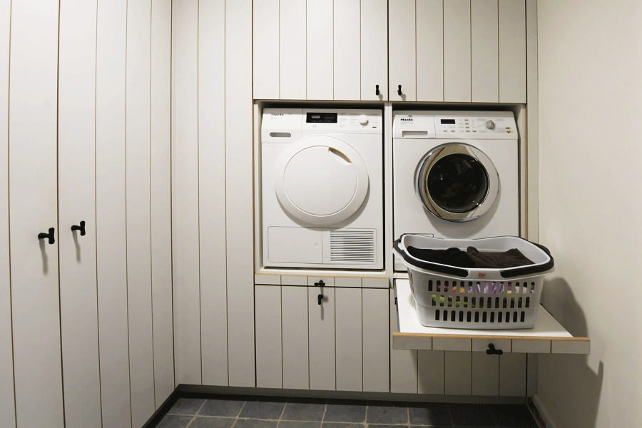 interieur wasplaats kasten op maat